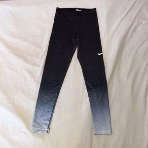 Nike Pro Hyperwarm Thermal Leggings Size Small